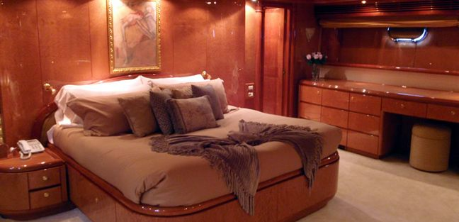Miracle Charter Yacht - 7