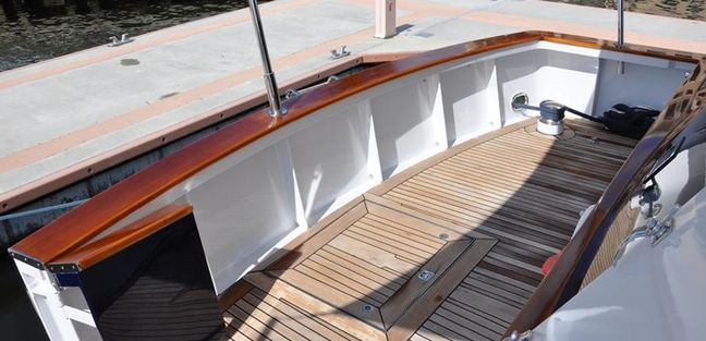 Casual Water Charter Yacht - 5