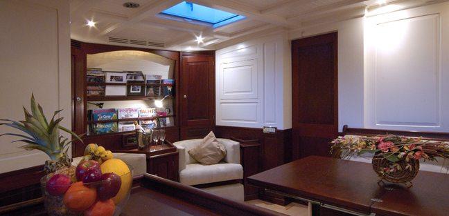 Aurelius Charter Yacht - 8