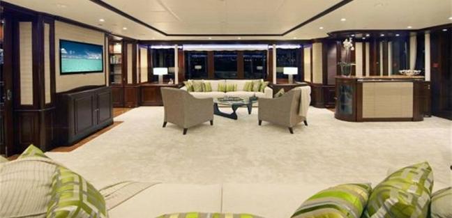Yolo Charter Yacht - 6