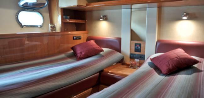 Amor Charter Yacht - 8