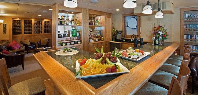 Safari Explorer Charter Yacht - 8