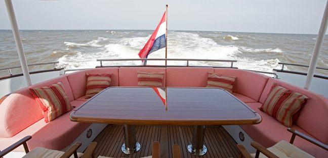 Mimi Charter Yacht - 4