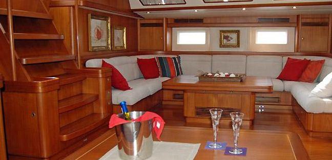 Early Purple II Charter Yacht - 4
