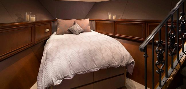 Iron Lady Charter Yacht - 8