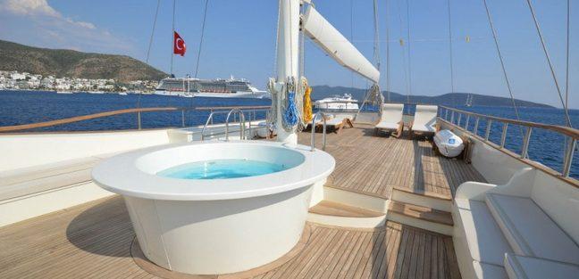 Gul Sultan Charter Yacht - 3