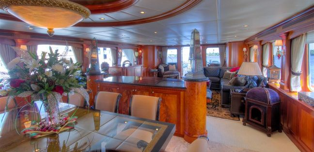 Elizabeth Charter Yacht - 6