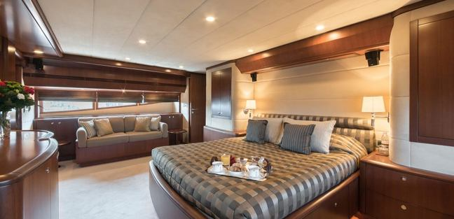 Clarity Charter Yacht - 6