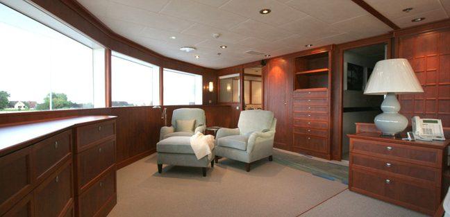 Silver Cloud Charter Yacht - 3
