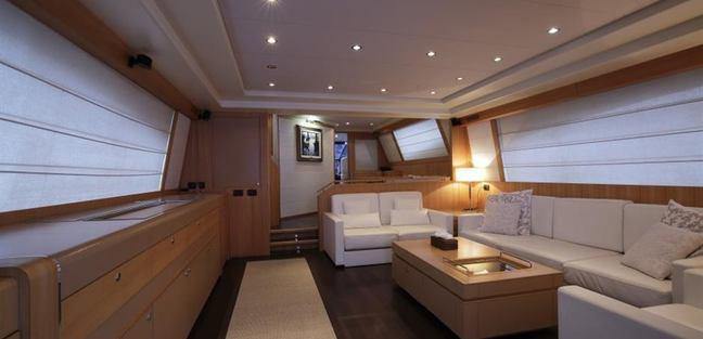 Fresca Charter Yacht - 4