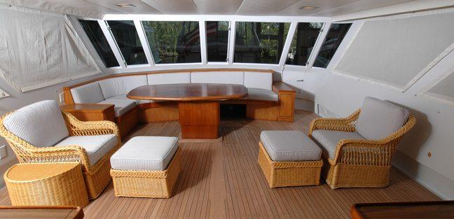 Encore V Charter Yacht - 2