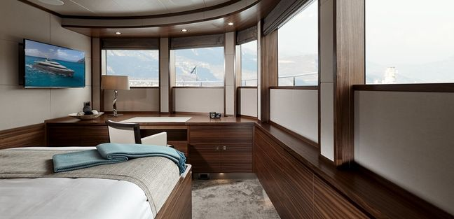 Bijoux Charter Yacht - 4