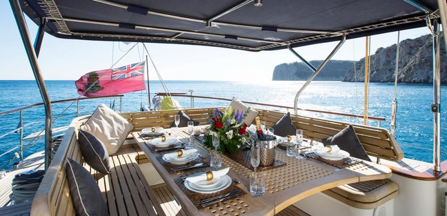 Infatuation Charter Yacht - 4