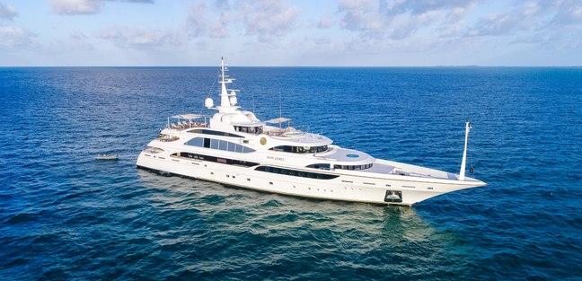 Lumiere II Charter Yacht