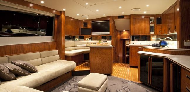Pacific HQ Charter Yacht - 8