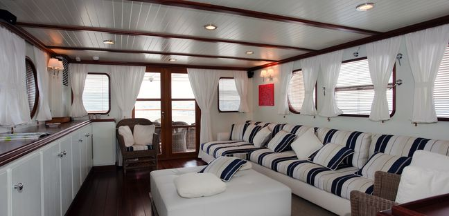 Persuader Charter Yacht - 7