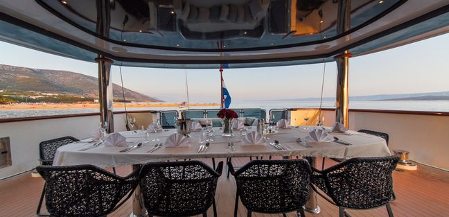 Aiaxaia Charter Yacht - 4