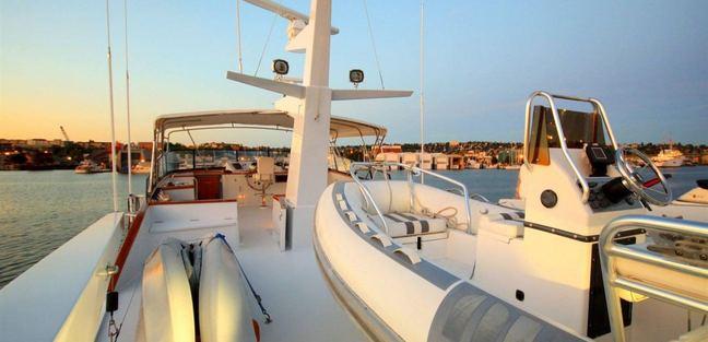 Lady Faye Charter Yacht - 3