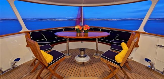 Chanson Charter Yacht - 3