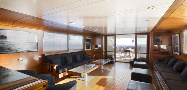 Libra Y Charter Yacht - 6