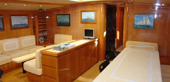 Quinta Santa Maria Charter Yacht - 6