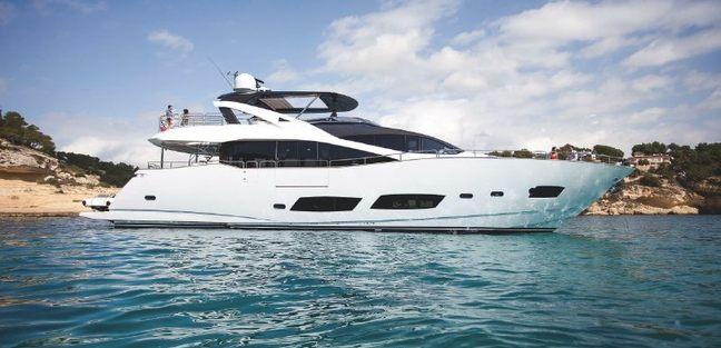 Sainty Charter Yacht