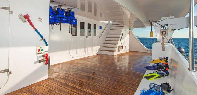 Tip Top II Charter Yacht - 5