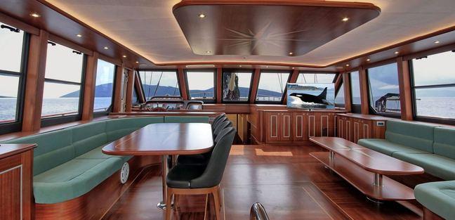 Dragon Fly Charter Yacht - 6