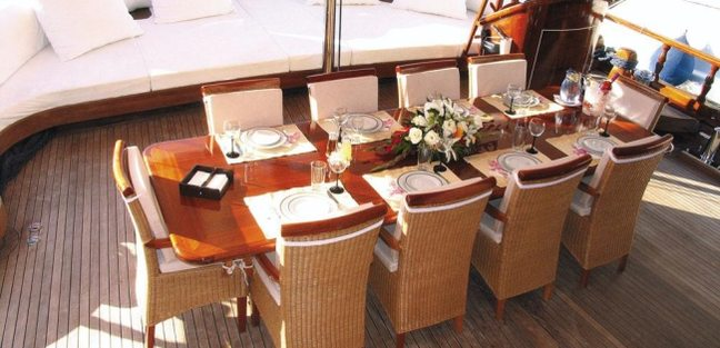 Al Maram Charter Yacht - 3