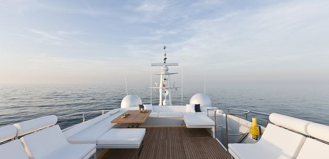 Le Caprice IV Charter Yacht - 4