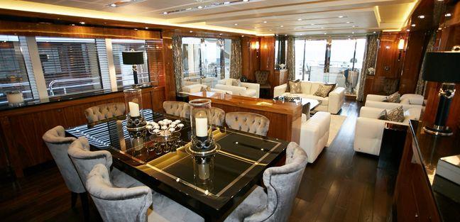 No.9 of London Charter Yacht - 7