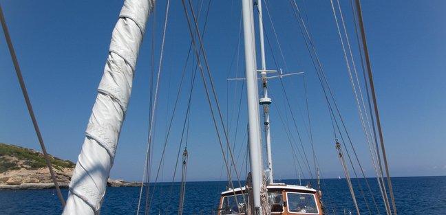 Agarimo 5 Charter Yacht - 4