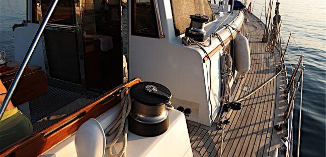Compound Interest Charter Yacht - 2