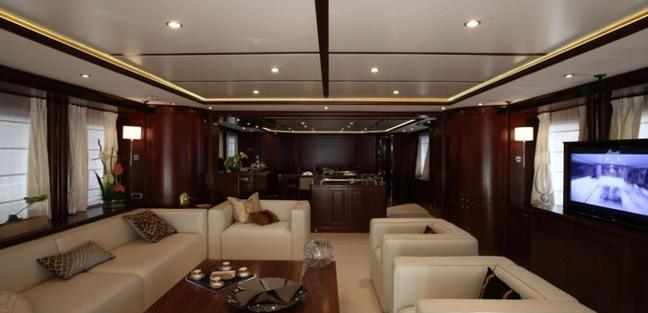 Angel's One Charter Yacht - 4