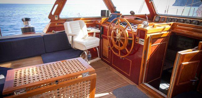 Agarimo 5 Charter Yacht - 6