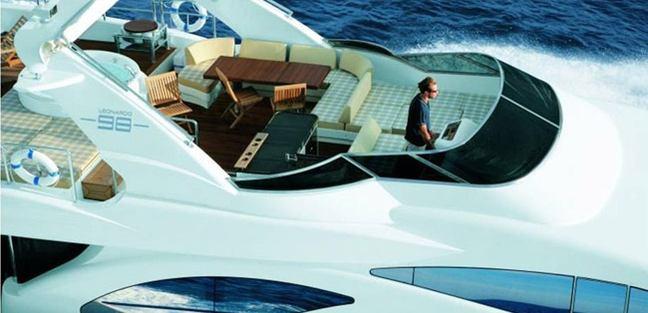 Azimut 98 Leonardo Evolution Charter Yacht - 3