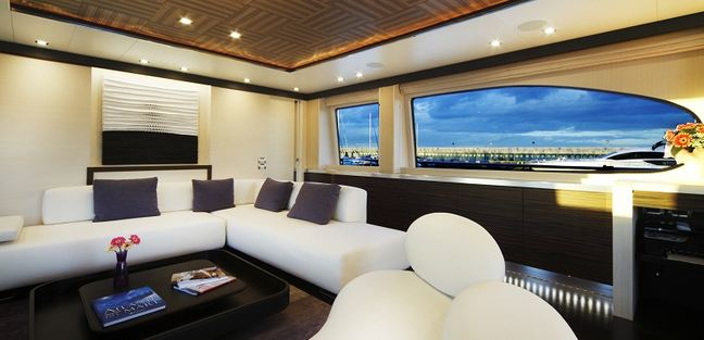 Biscuit Charter Yacht - 5