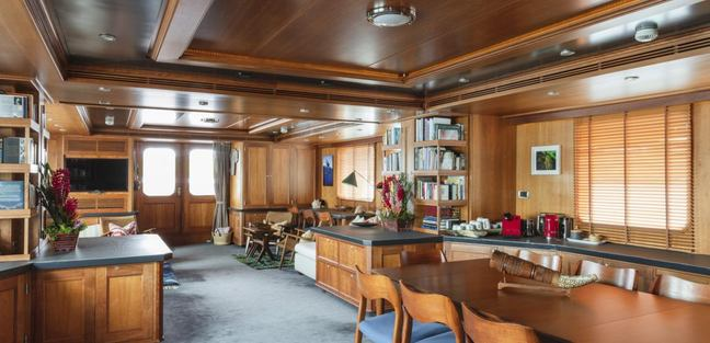 Dardanella Charter Yacht - 6