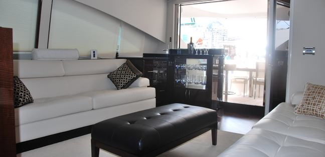 Carbon Charter Yacht - 4