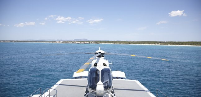 Falcon Lair Charter Yacht - 4