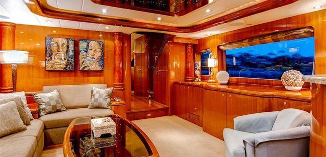 Papa's Palace Charter Yacht - 7
