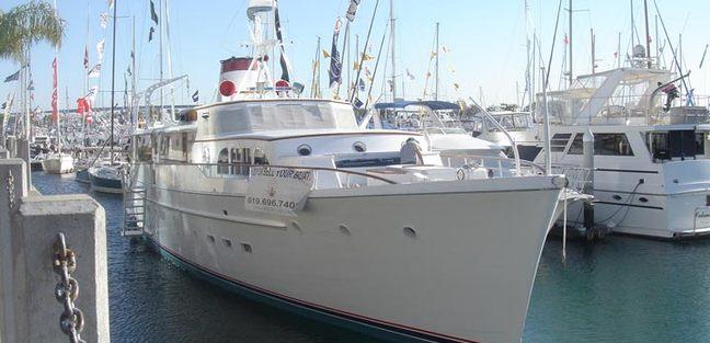 Miss Kira Charter Yacht