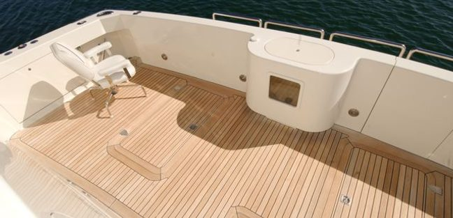 Bad Habit Charter Yacht - 4