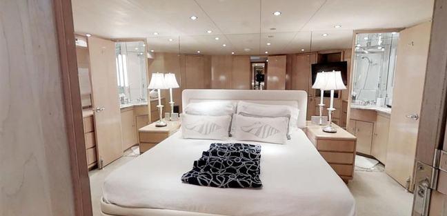 92' Hatteras Charter Yacht