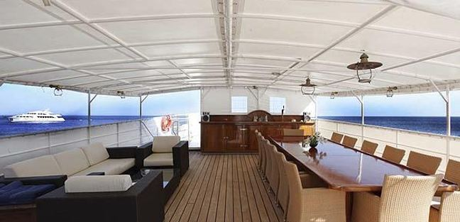 Buena Chica Charter Yacht - 4