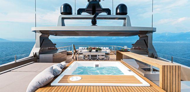 Giraud Charter Yacht - 2