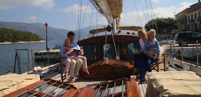 Windweaver of Pennington Charter Yacht - 3