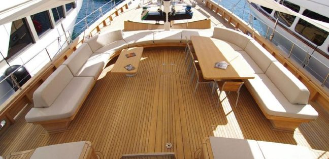 Renaissance Charter Yacht - 4