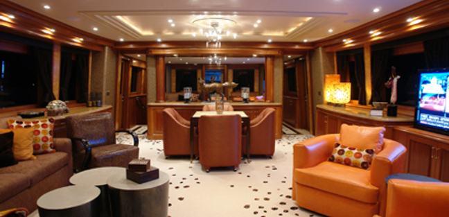 Silver Fox Charter Yacht - 4