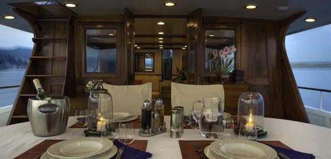Emerald Charter Yacht - 6